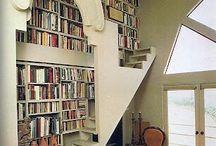 Kirjastohuone/Library