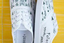 DIY Shoe Art