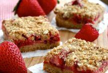 Desserts. / #owntheoccasion #gotitfree #walmart  @edwardsdessert   #smorespieyum!