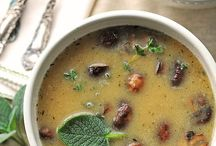 Food: Soups / by Shai Fosbery