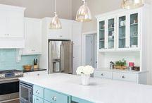 Kitchen / by Jessica Hinz