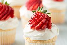 Cupcake Heaven / by Destiny Hadel