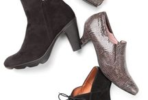 Romantic Renaissance / Fashion and shoes inspired by the romance of victorian renaissance.