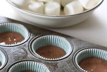 marshmallow in the middle cupcakes