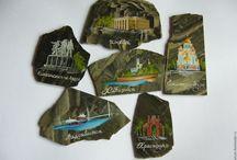 Магниты из камня с ручной росписью