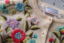 pulovăr cu broderii florale