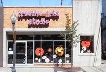 Creative Arts Studio - Art Gallery / Creative Arts Studio - Art Gallery
