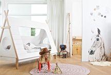Pokój dziecka / Dziecięce pokoje w stylu skandynawski, holenderskim i industrialnym. Komplety mebli młodzieżowych i oryginalne rozwiązania