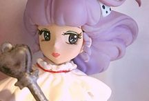"""Creamy Mami loses powers / FANDOM Kastom """"SCALE 1/7 (about 22cm tall). MODEL INCLUDES THE MICROPHONE, AND WAND AND NEGA POSI. This Kastom is the magic singer, sad and worried, that at the Song Festival is seen as it transforms from Toshio, the consequence girl loses magical powers and is no longer able to sing with her magic microphone and revert in Yu. You WILL REACHES 5 RESERVATIONS WILL CREATE COPIES."""