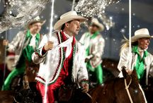 Christmas at Dixie / Experience the magic and wonder of Christmas as Dixie Stampede transforms into a holiday spectacular!