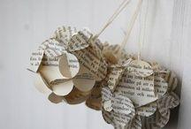 ornamenti con carta di giornale