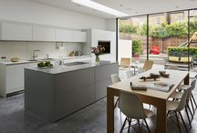 Kitchen Architecture bulthaup - Contemporary living / Kitchen Architecture - bulthaup b3 furniture in kaolin and silver grey laminate with a stone worktop.