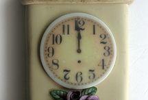 часы глина лепка