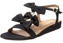 SHOES TO WEAR.............AND SHOE TO LOOK AT!!!! / by Joyce Newton