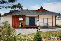 Arch : han-ok korean traditional house