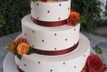 Wedding Cakes Ideas / by Dana Dictus
