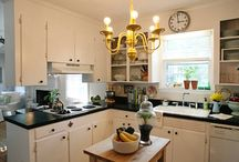 kitchens / by Scarlett Walker