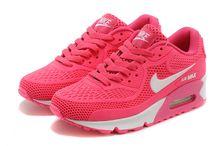 Nike,Adidas