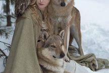Fille et loup
