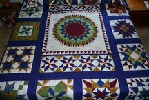 Medallion Quilts Amish Made / Traditional Amish Medallion quilts