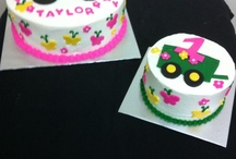 Cakes / by Mary Graves