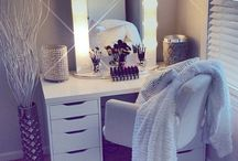HOME | Dressing Table Goals