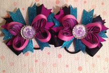 Pony Tail Bows / Glamtastic bows for your hair! Perfect for horse shows or just for fun! Buy at www.ponyglam.com