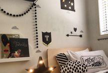 Black and White Room Design / Design Inspiration using Black and White.