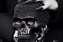 Skulls  / Skulls in art & fashion