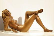 Artistic Nudes / Statues of nude women in bronze