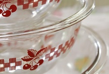 Pyrex and Fire King / by Shelia Williamson