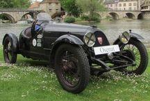 Classic 1929 Vehicles