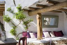 Интерьер на Форментере / Учитывая летнее настроение, сегодня нам захотелось показать вам удивительный интерьер дома, который находится на испанском острове Форментера.
