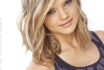 Hair styles  / by Haley Hutchinson