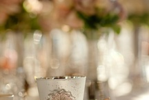 Flowers & Centerpieces / by Heather Zuck