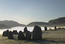 """Stone tower / Foto's van rustige tavereel Voor op site """"memorial gedenktekens"""""""