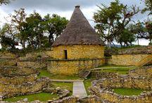 Ruinas de la Fortaleza Kuelap / La Fortaleza de Kuelap se encuentra en el departamento de Amazonas, está rodeada de bellos paisajes y es considerado el más importante sitio arqueológico de la Selva. ¿Alguna vez lo visitaste?