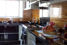 APT Cozinhas (kitchens) / Kitchens decor ideas for apartments.  / by Laura G