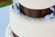 Sweets, Treats and CAKE!  in Minneapolis - St. Paul / The Wedding Fair Minnesota's favorite desserts in the Minneapolis/St. Paul area  #cakes #bakeries #minneapolis #stpaul #cupcakes #dessertbar