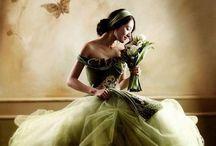 WEDDING DRESSES OF COLOR  / by Aida Rozada García