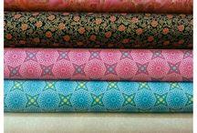 Materiales y telas en La Kraftería de Corazón / Gran variedad en telas, materiales creativos y de mercería,  libros y patrones que podrás encontrar en nuestra tienda en el Casco Viejo