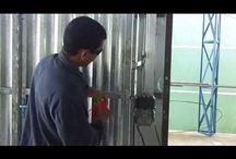 πόρτες με μηχανισμό