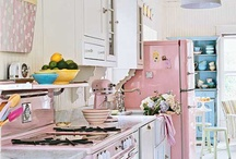 Cozy Kitchen / Pretty vintage kitchens / by Gina Aytman