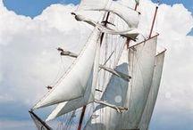 Zeilcharter / Hotelschip de Marjorie 2 in Antwerpen. / Overnacht aan boord van het luxe charterschip 'Marjorie 2' in Antwerpen. In de zomer kunnen er ook zeiltochten geboekt worden aan boord van dit prachtige schip vanuit Antwerpen.