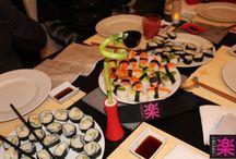 Sushi Party Tanoshi - Very Good Moment / Nos Hôtes se sont transformés en Maîtres Sushi le temps d'une soirée, pour découvrir les saveurs japonaises à cuisiner chez soi grâce à Tanoshi !