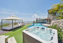 Luxury houses / Casas y villas de lujo, de esas no aptas para todos los bolsillos / by CasaSpain.com