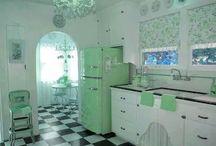 Colour: Green!