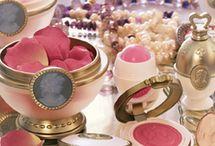 Make up / Nouveaux produits, conseils en maquillage, tutoriels... Vous trouverez toutes les dernières tendances maquillage pour ravivez vos jolis minois!