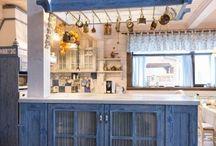 Деревянная кухня в стиле кантри / Деревянная кухня в стиле кантри, выполненная по нашим чертежам