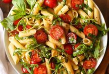 Pasta n cherry tomatoe salad
